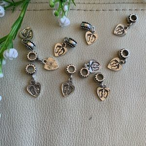 💕5 for $10! silver baby foot imprint charms (10)